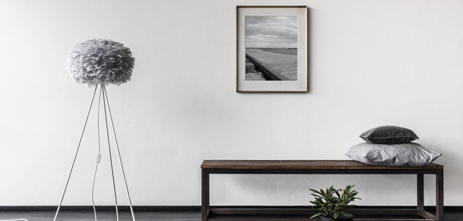 16.05_Eos_medium_light_grey_gallery_environment