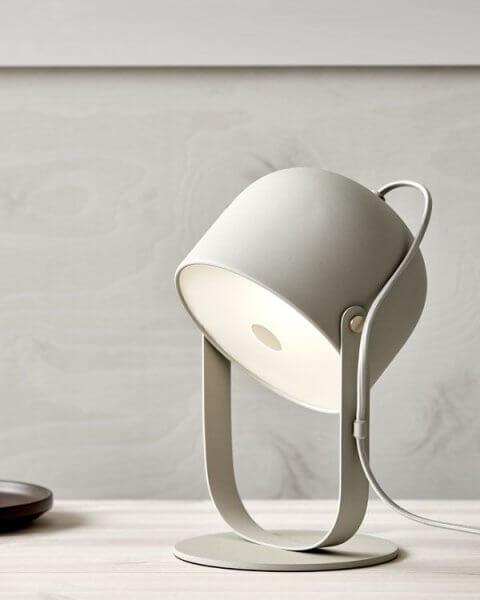 co-bankeryd-svejk-18-beige-bordslampa-3